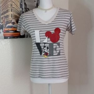 Disney T shirt  mickey mouse design size S